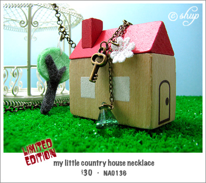 NA0136 - my little country house necklace