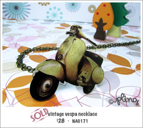 NA0171 - vintage vespa necklace