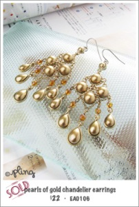 EA0106 - pearls of gold chandelier earrings