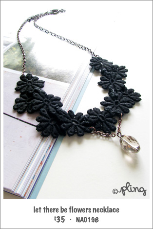 NA0198 - let there be flowers necklace