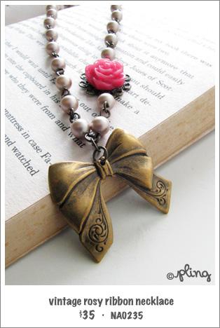 NA0235 - vintage rosy ribbon necklace