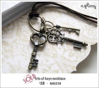 NA0239 - trio of keys necklace