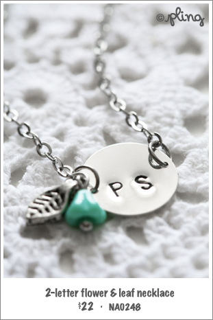 NA0248 - 2-letter flower & leaf necklace