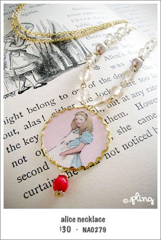 NA0279 - alice necklace