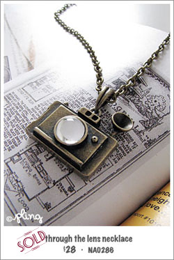 NA0286 - through the lens necklace