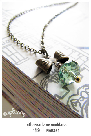 NA0291 - ethereal bow necklace (sea green)